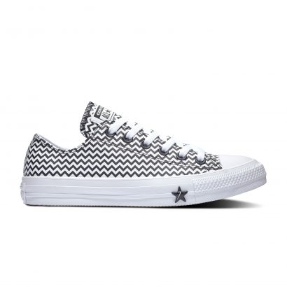 CHUCK TAYLOR ALL STAR MISSION-V